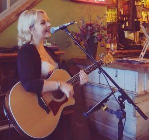 Daisy Kate Acoustic